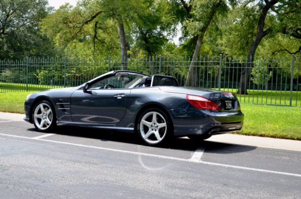Used 2014 Mercedes-Benz SL-Class SL 550 for sale Sold at Platinum Motorcars in Dallas TX 75247 4